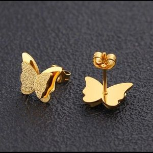 Jewelry - Excellent Quality Mini Double Butterflies Stud